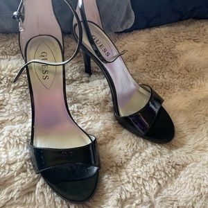 🔥 NWOT Sexy Guess Open Toed Black Stiletto 🔥